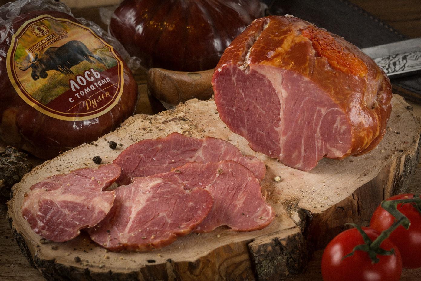 Рулет из мяса Лося с вяленными томатами