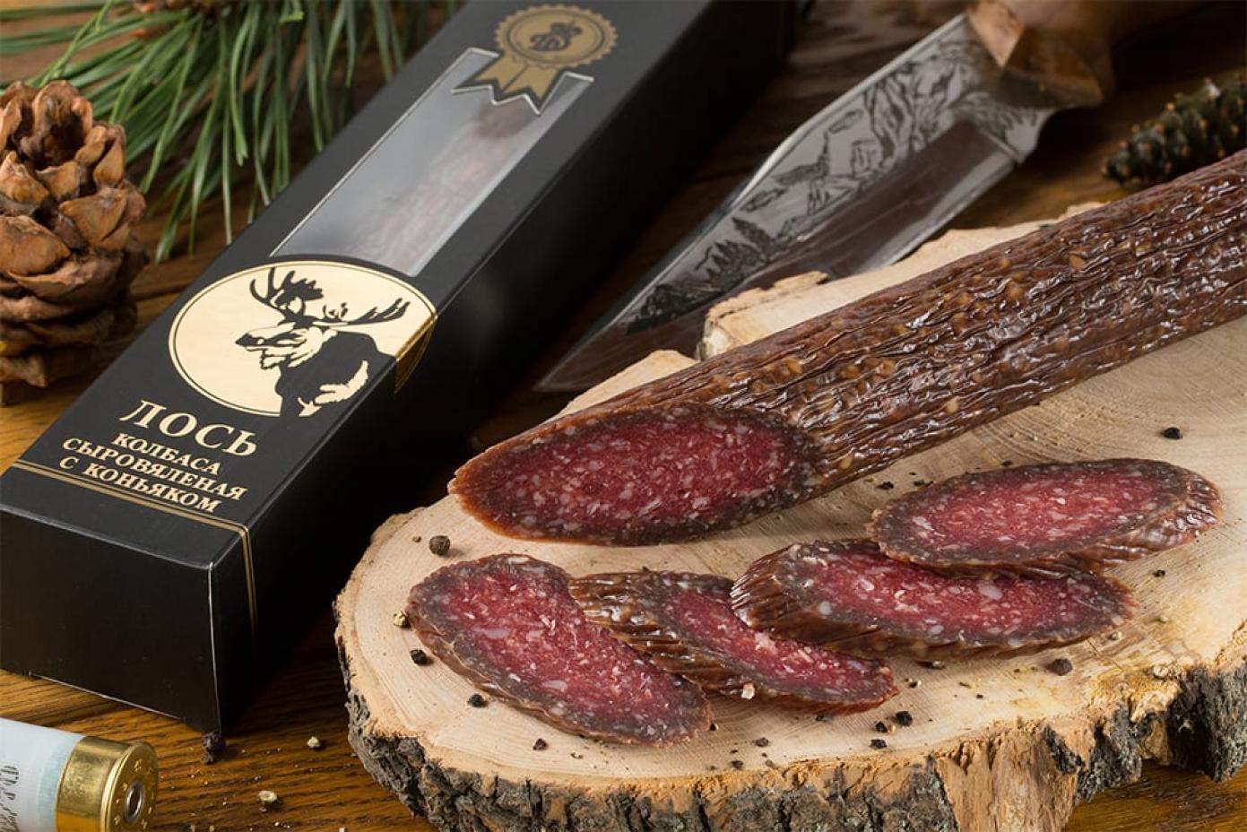Колбаса из мяса Лося с коньяком в подарочной упаковке