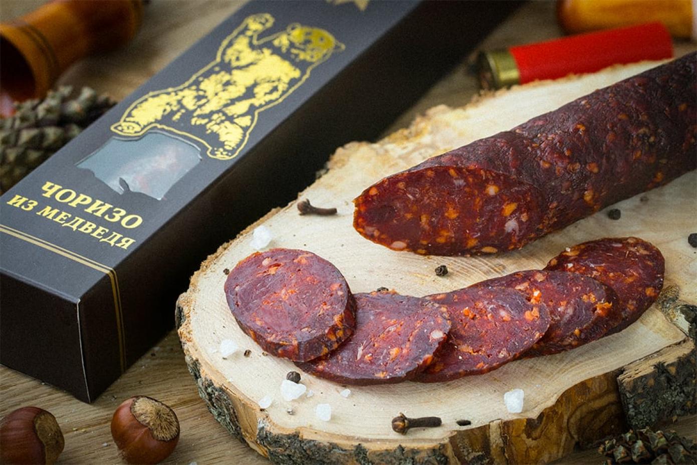 Колбаса чоризо из мяса Медведя в подарочной упаковке